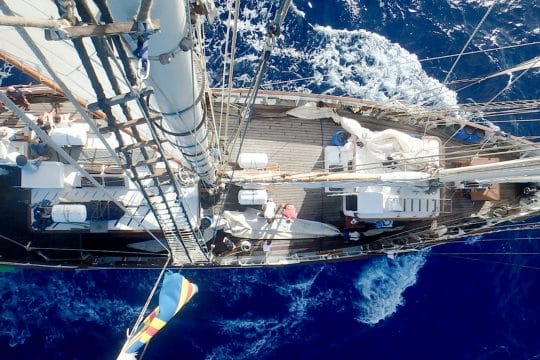 Blue-clipper-view-of deck