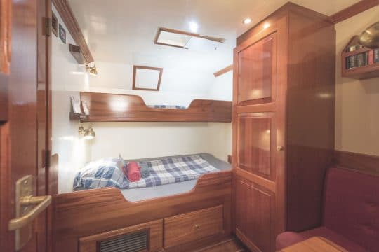 Eye of the Wind twin bunk