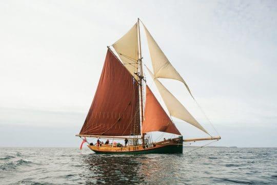 Eda Frandsen full sailing