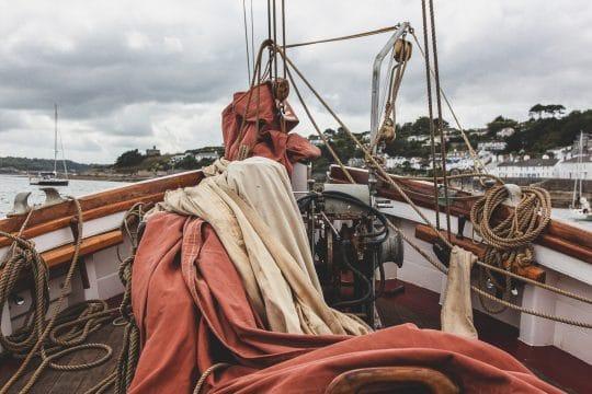 Eda Frandsen sails down st mawes