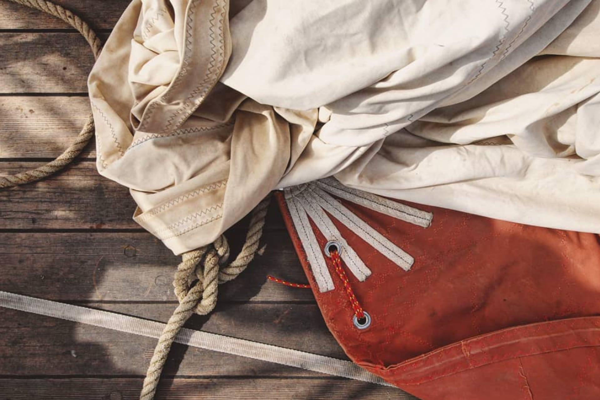 Eda Frandsen sails