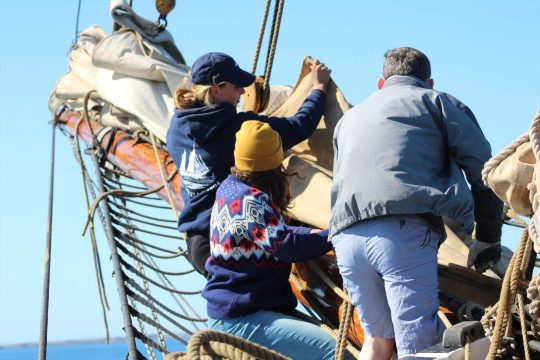 Helping on the bowsprit