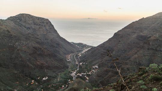 La-gomera-view-to-sea canaries