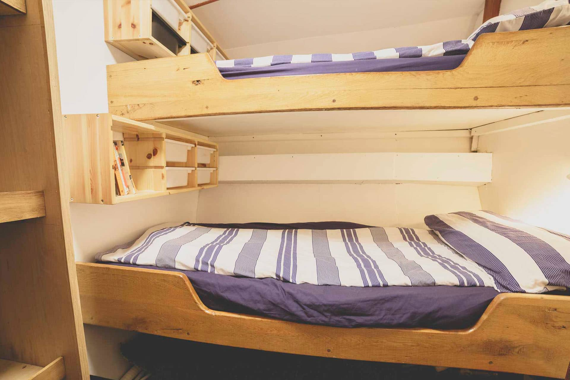Lady of Avenel bunks