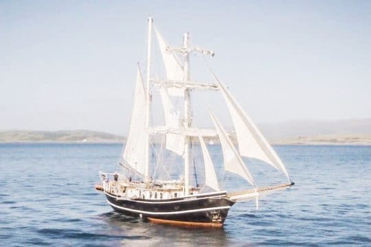 Lady of Avenel sailing