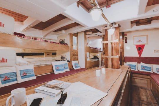 Pilgrim interior saloon