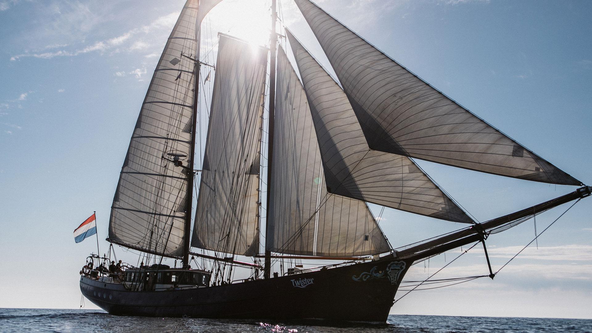 Twister-sun-sails