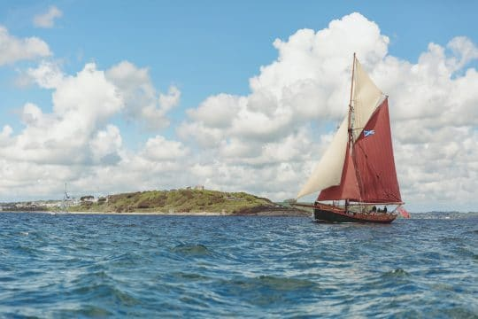 Venturesail-Eda-Fransen-full-sail-st-mawes