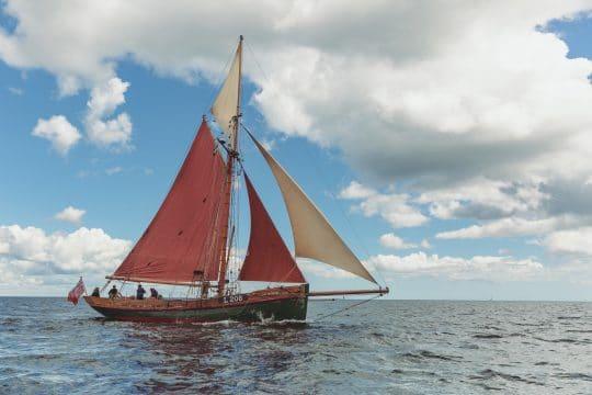 Venturesail-Eda-Fransen-full-sail-starboard