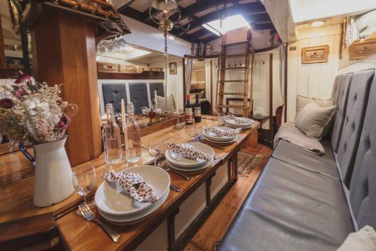 Venturesail-Eda-Fransen-saloon-stern-view